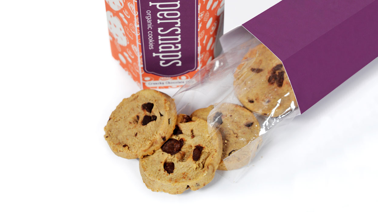 Top-view photo of cookies and packaging container.